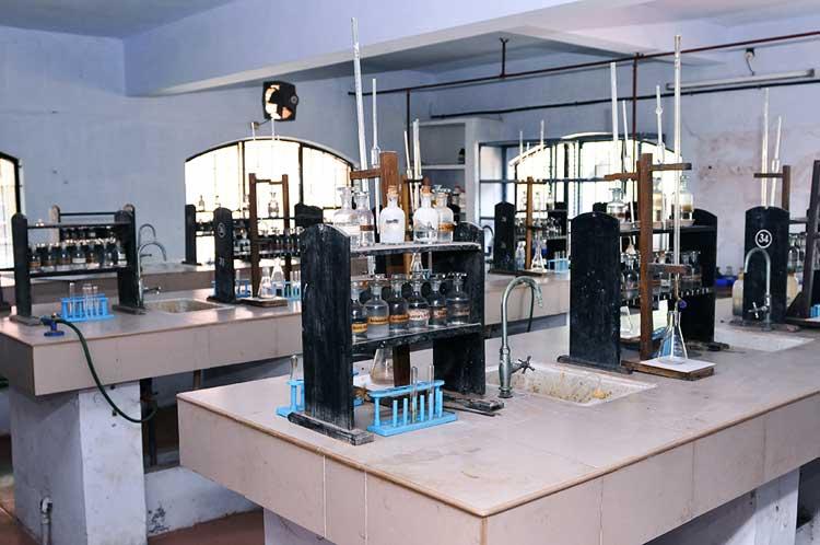 chemistry lab bvb kodunganoor